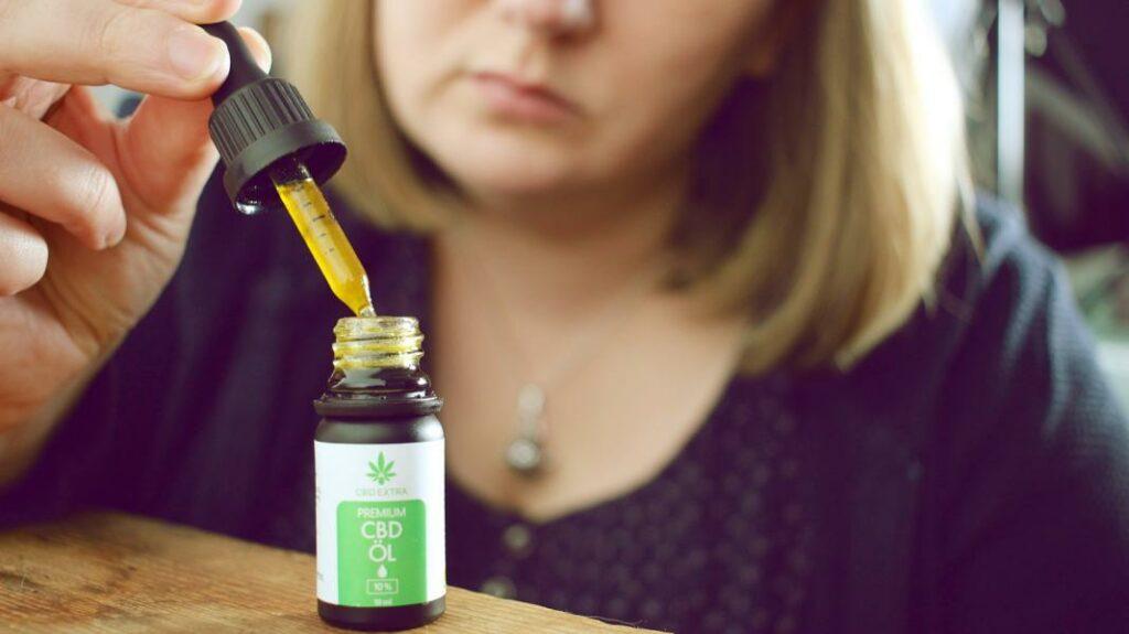 CBD Öl als natürliche Einschlafhilfe